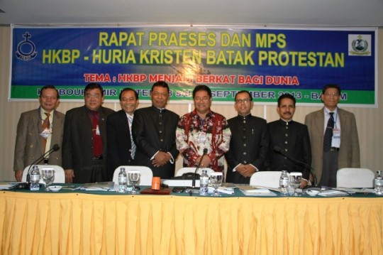 JEB - RAPAT PRAESES HKBP 23 – 25 SEPTEMBER 2013 (3)